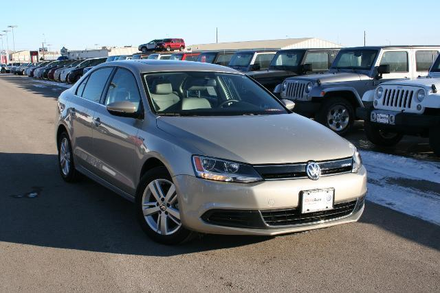 2013 Volkswagen Jetta Hybrid Sedan for sale in Rapid City for $19,997 with 9,877 miles