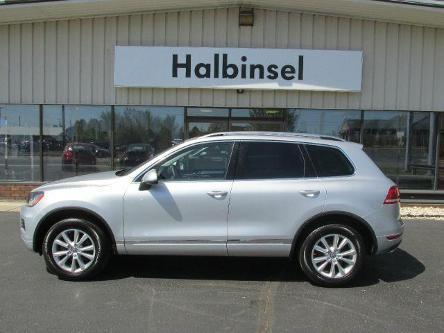2013 Volkswagen Touareg SUV for sale in Escanaba for $33,995 with 10,244 miles.