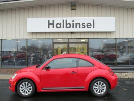 2014 Volkswagen Beetle Hatchback for sale in Escanaba for $16,995 with 26,296 miles