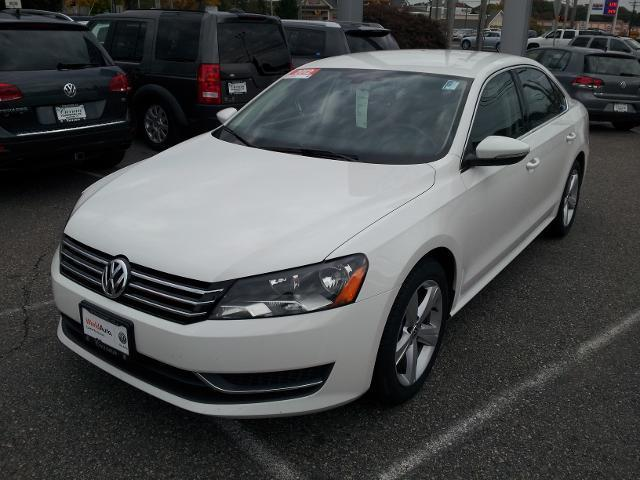 2012 Volkswagen Passat 2.5 SE Sedan for sale in Stratford for $15,165 with 44,972 miles.