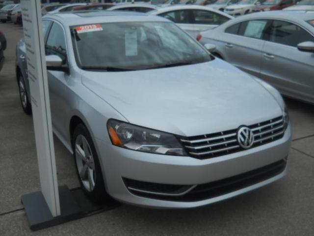 2013 Volkswagen Passat 2.0 TDI SE Sedan for sale in Parkersburg for $25,988 with 22,601 miles.