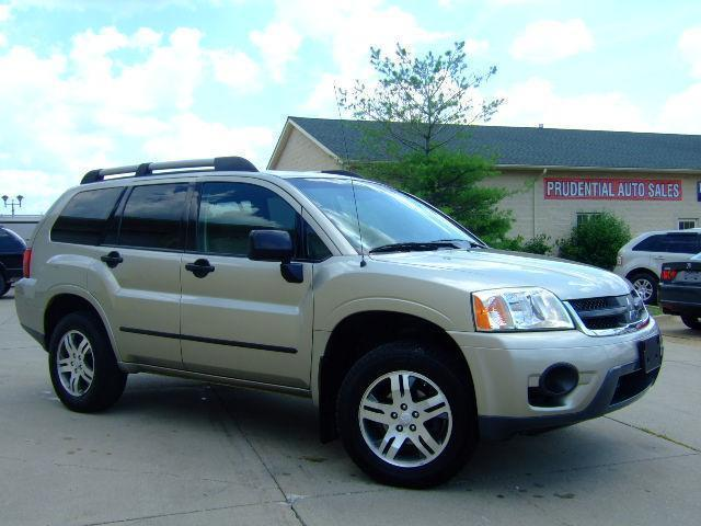 2006 Mitsubishi Endeavor LS SUV for sale in Hudson for $8,455 with 69,596 miles.