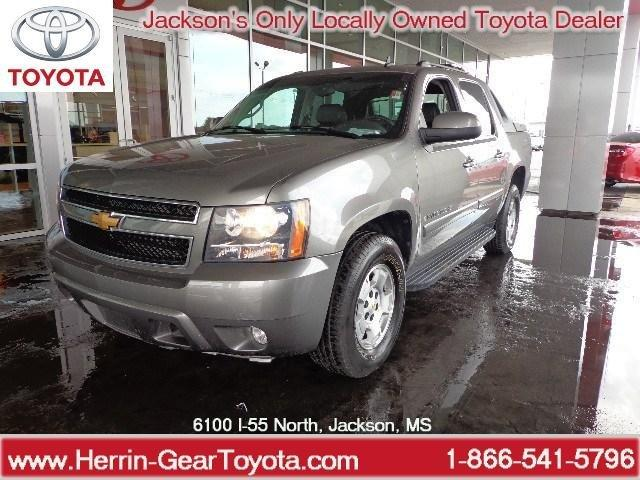 2007 Chevrolet Avalanche 1500 LT Crew Cab Pickup for sale in Jackson for $21,988 with 68,137 miles.