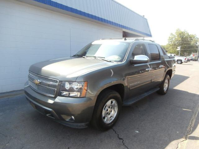 2011 Chevrolet Avalanche 1500 LT Crew Cab Pickup for sale in Marianna for $37,995 with 27,493 miles