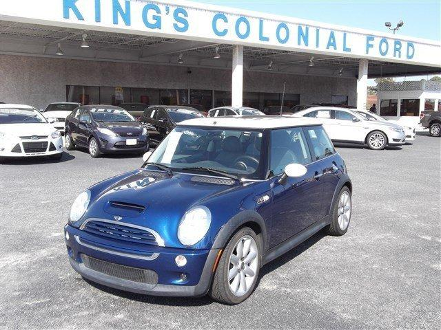 2003 MINI Cooper S Hatchback for sale in Brunswick for $8,500 with 100,962 miles.