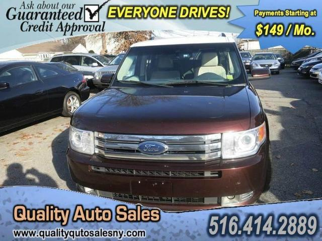 2009 Ford Flex SEL SUV for sale in Uniondale for $13,500 with 111,525 miles.