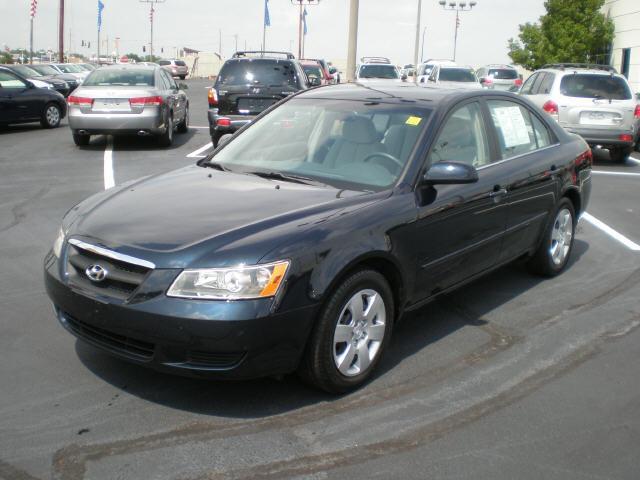2008 Hyundai Sonata GLS Sedan for sale in Wichita for $18,990 with 23,591 miles.