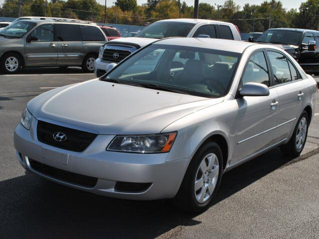 2008 Hyundai Sonata GLS Sedan for sale in Wichita for $18,990 with 36,068 miles