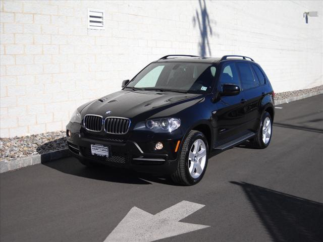 2009 BMW X5 XDrive30i SUV for sale in Springfield for $59,995 with 14,107 miles.