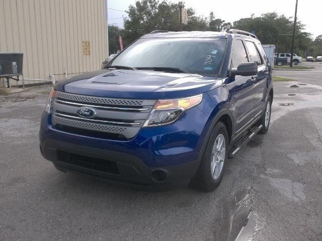 2013 Ford Explorer XLT SUV for sale in LaBelle for $22,484 with 14,257 miles.