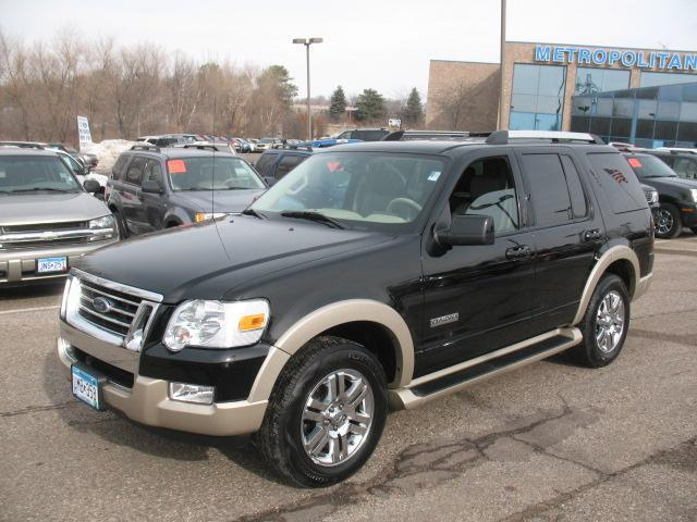 2006 Ford Explorer Eddie Bauer SUV for sale in Eden Prairie for $18,999 with 51,582 miles.