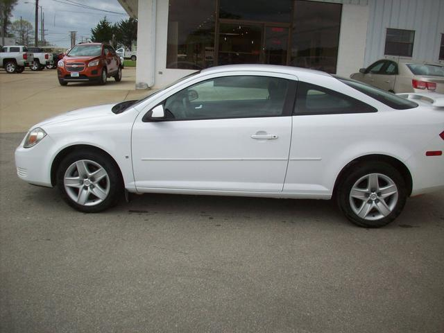 2008 Pontiac G5 Base Coupe for sale in Ripley for $7,995 with 105,050 miles