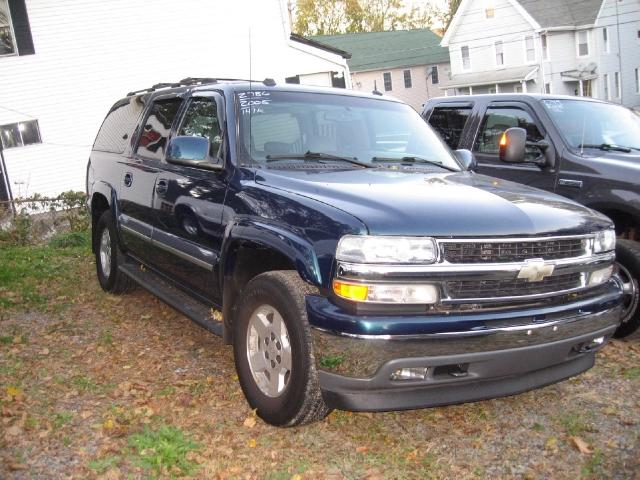 2005 Chevrolet Suburban 1500 LT SUV for sale in MIDDLETOWN for $12,495 with 147,475 miles.