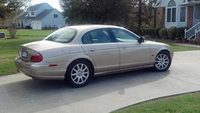 2001 Jaguar S-Type 4.0 Sedan for sale in Portsmouth for $8,900 with 62,501 miles