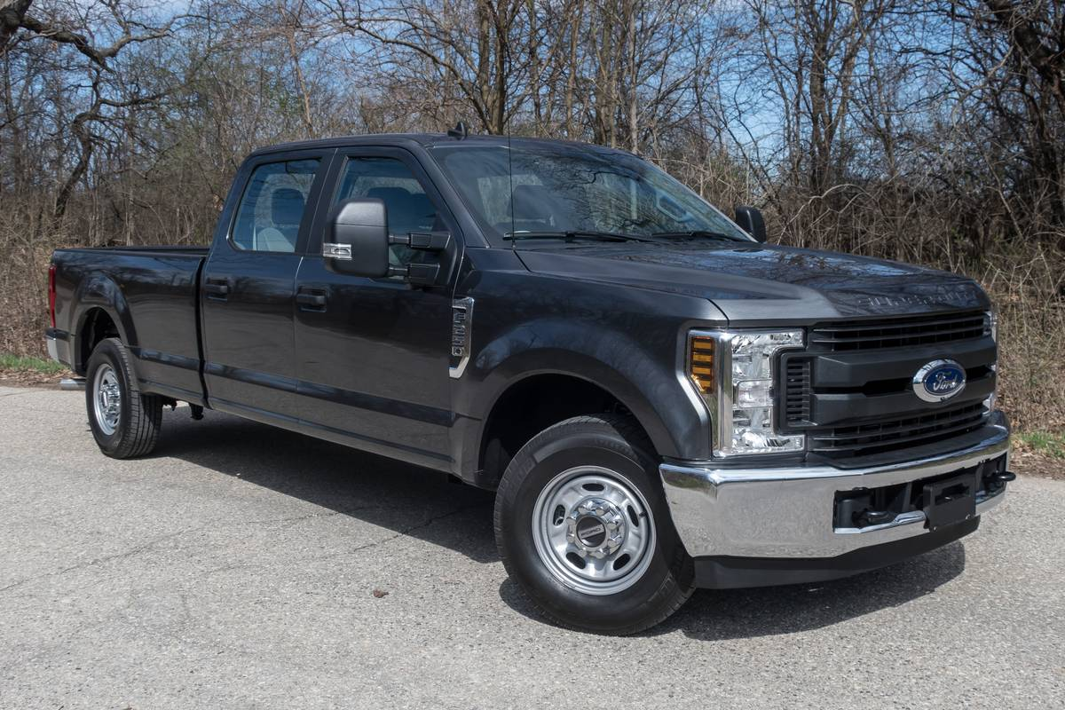 2019 Ford Super Duty F 250 Xl 5 Things We Like And 3 Things We Don T News Cars Com