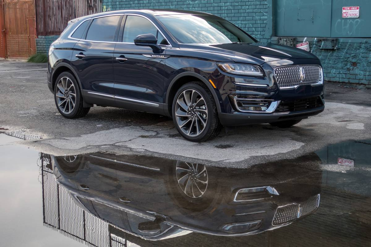 2019 Lincoln Nautilus Review: Faces of Lavishness and Disenchantment