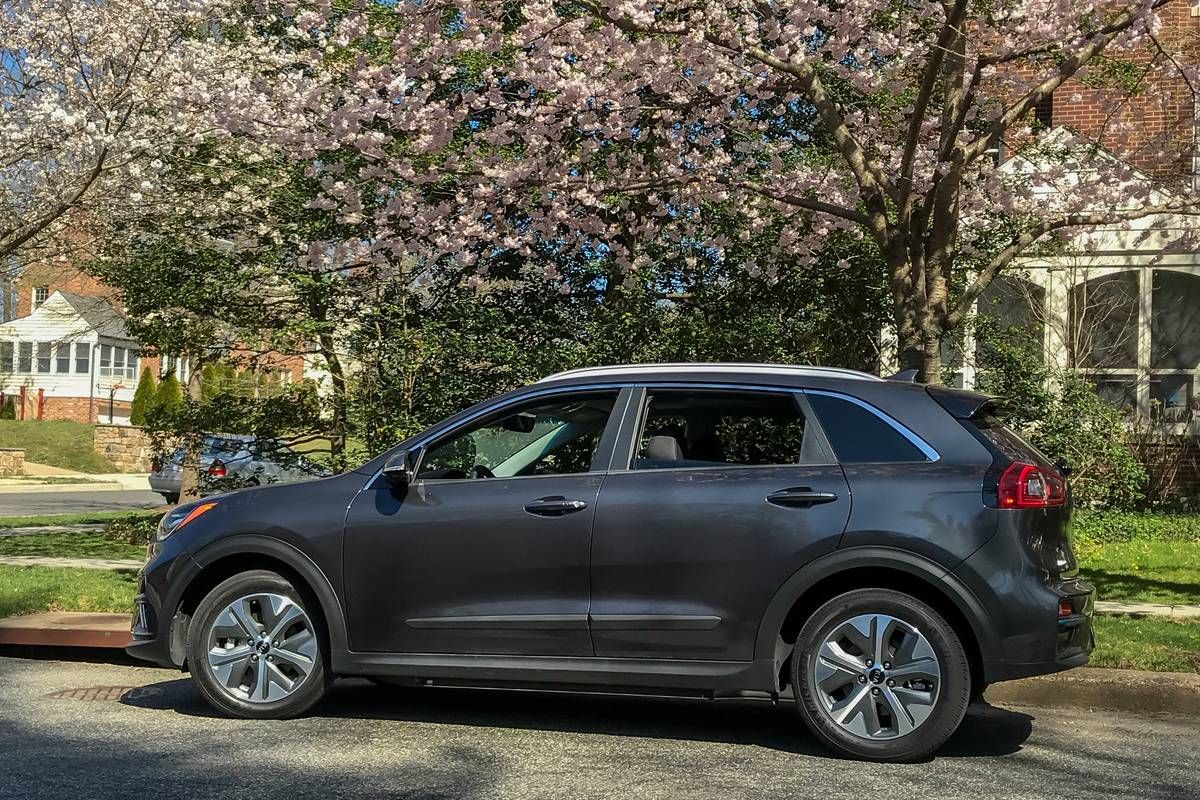 2019 Kia Niro Ev Specs Price Mpg Reviews Cars Com