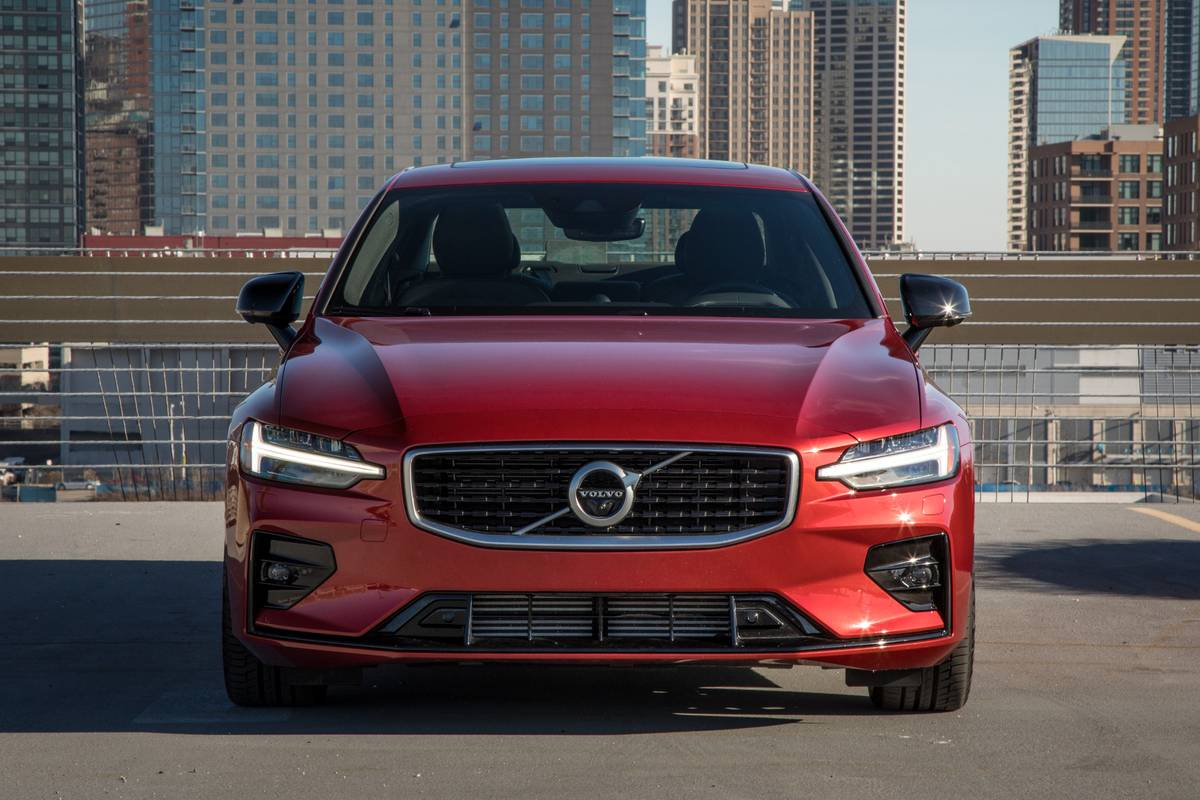 2019 Volvo S60 6 Things We Like And 3 Things We Don T News Cars Com