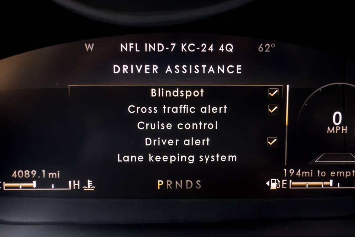 13-lincoln-nautilus-2019-instrument-panel--interior-driver-assistance.jpg