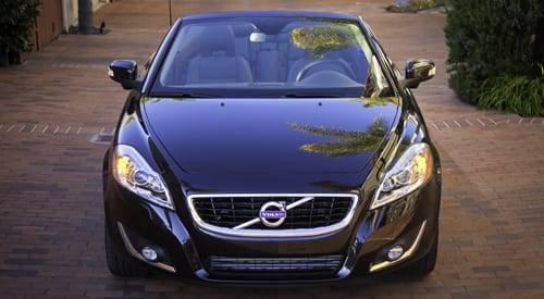 Cars.com Reviews the 2012 Volvo C70