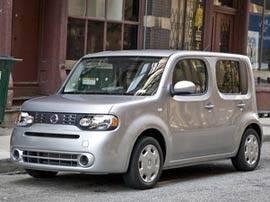 Cars.com Reviews the 2009 Nissan Cube