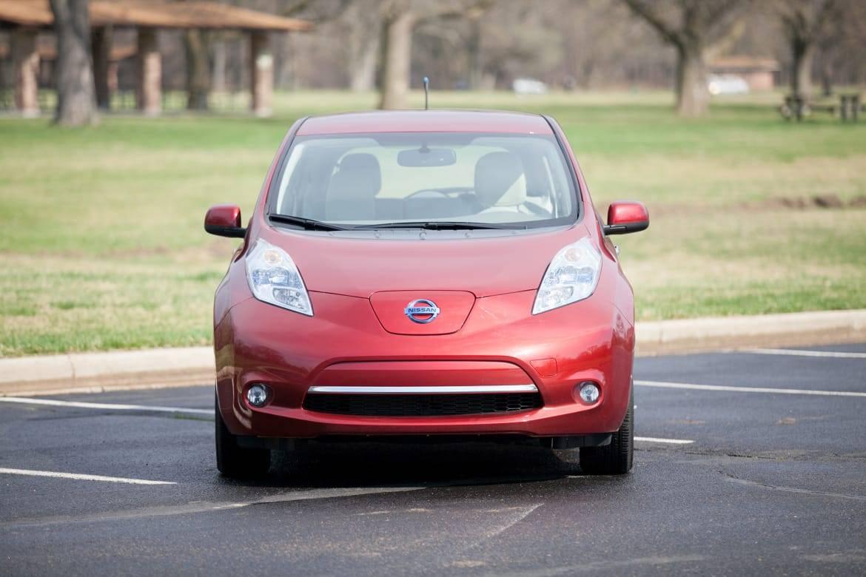 2012-nissan-leaf-used-car-es.jpg
