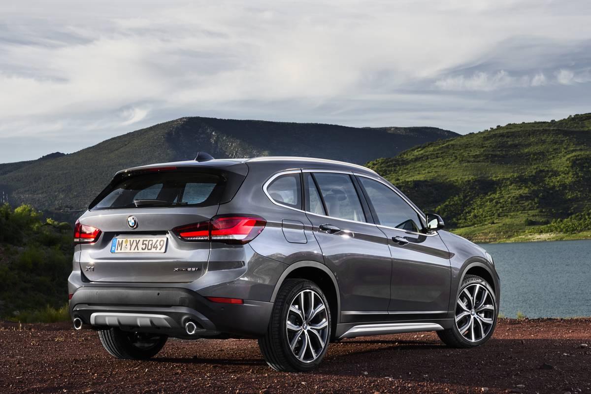 2020-BMW-X1-Rear-OEM