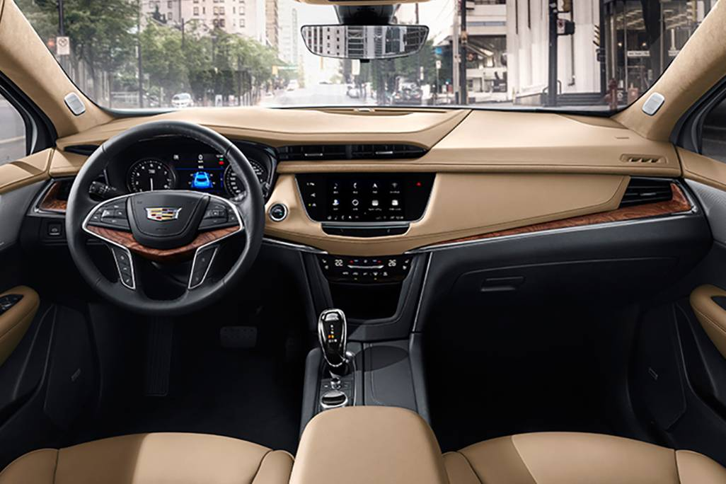 2020-Cadillac-XT5-China-model-OEM
