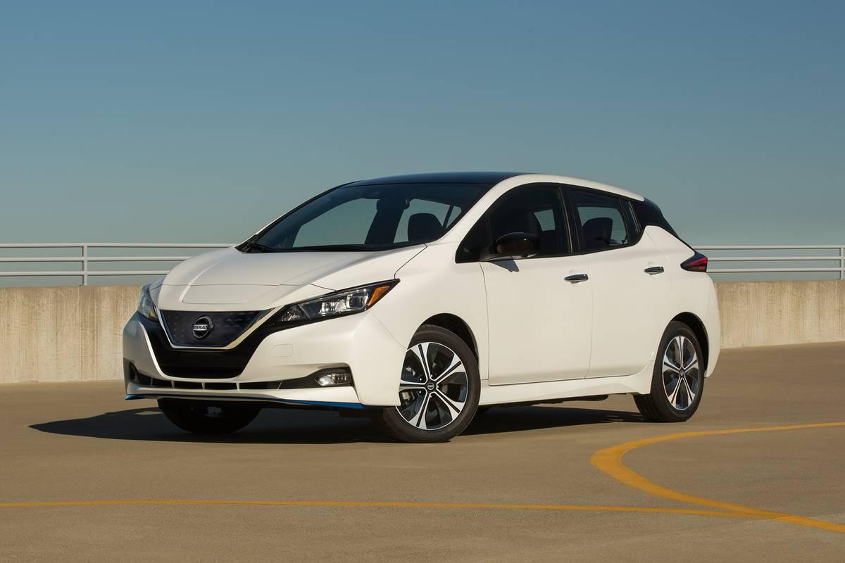 White 2020 Nissan Nissan LEAF SV Plus