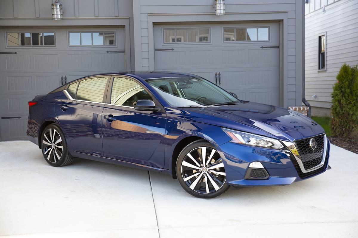 Blue 2021 Nissan Altima