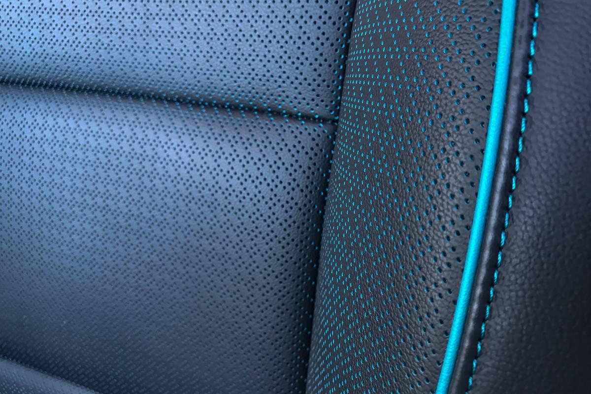 21-kia-niro-ev-2019-interior--seat--upholstery.jpg