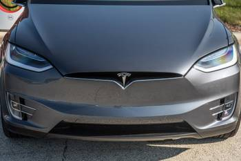 Feds Question Lack of Tesla Recall for Model S, Model X