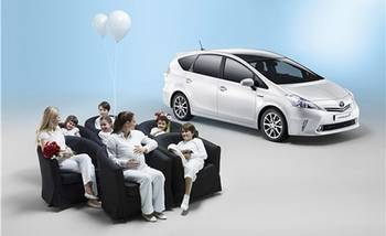 European Prius V Can Fit Seven People
