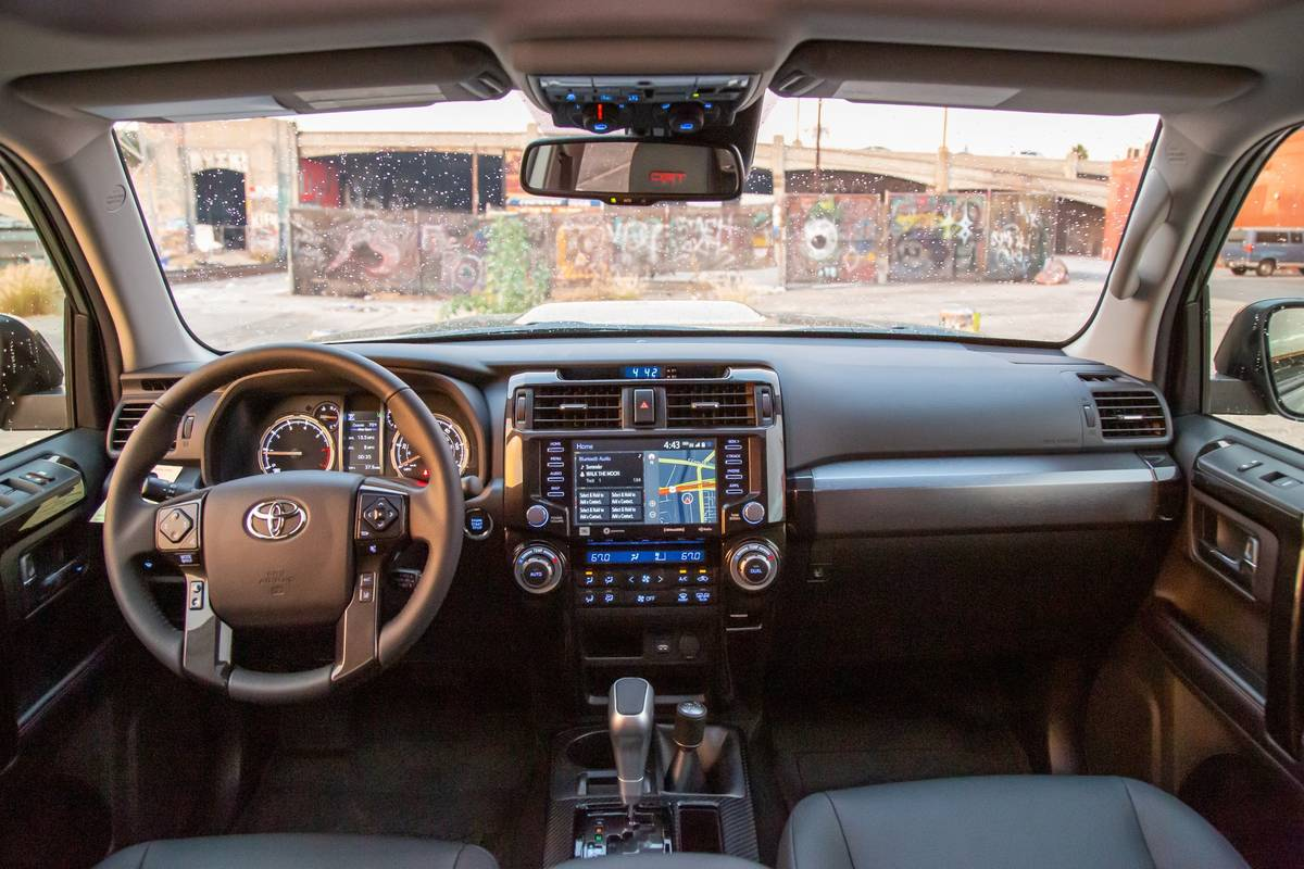 2020 Toyota 4runner 5 Pros And 4 Cons News Cars Com