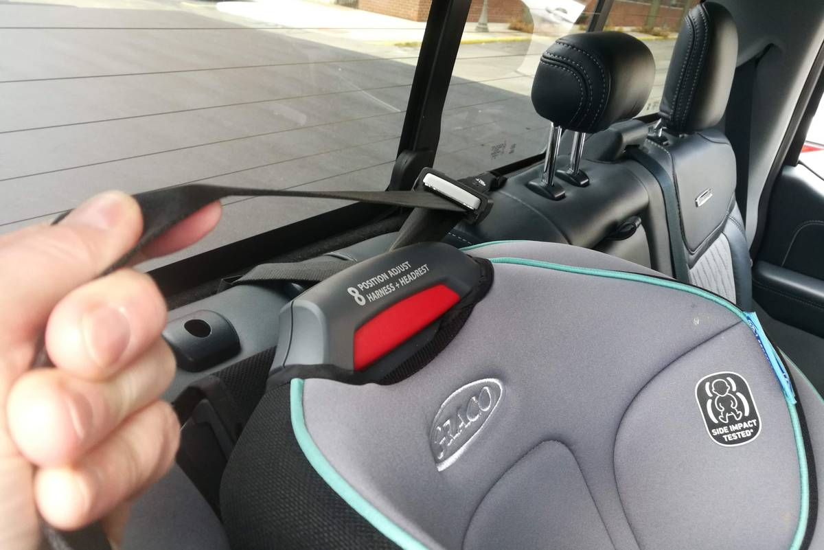 2021 Ford F-150 car seat tether