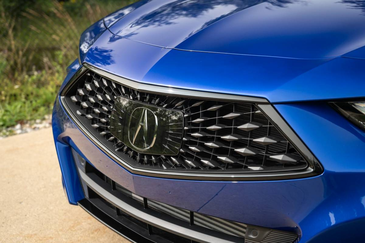2021 Acura Tlx 7 Things We Like And 2 We Don T News Cars Com