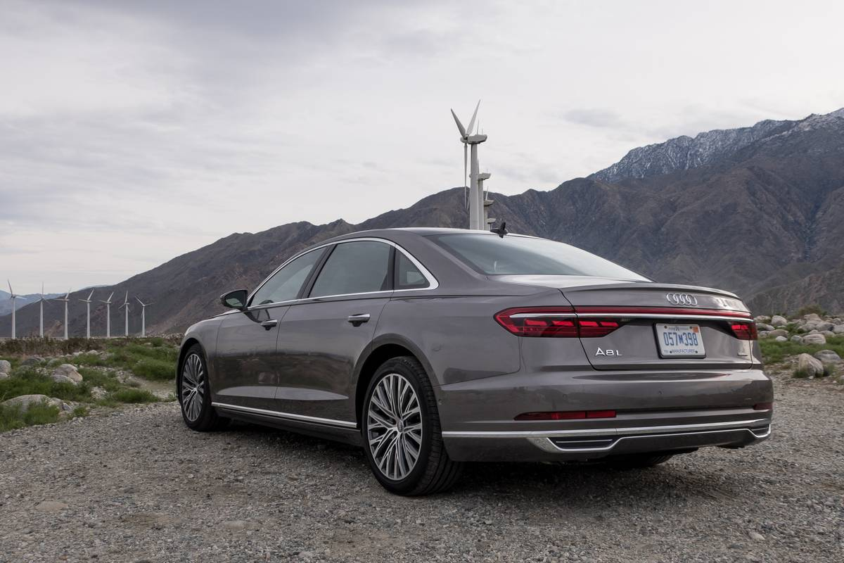 2019 Audi A8 7 Things We Like And 5 Not So Much News Cars Com