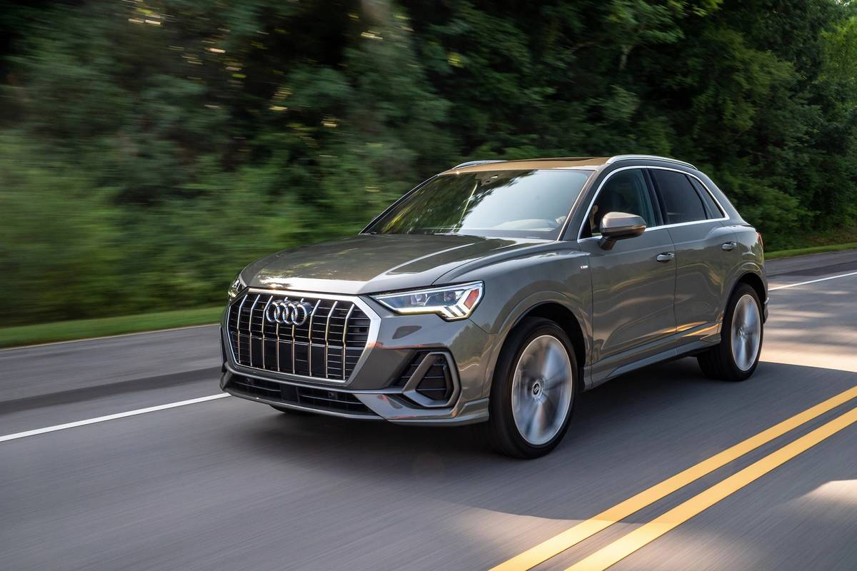 Audi Q3 Which Should You Buy 2020 Or 2021 News Cars Com