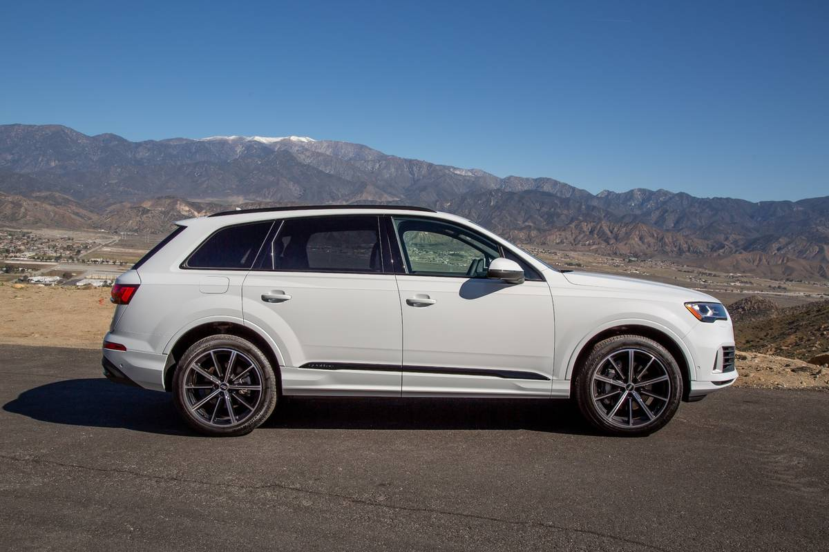 Top 5 Reviews And Videos Of The Week 2020 Audi Q7 S4 Can T Catch Corvette News Cars Com