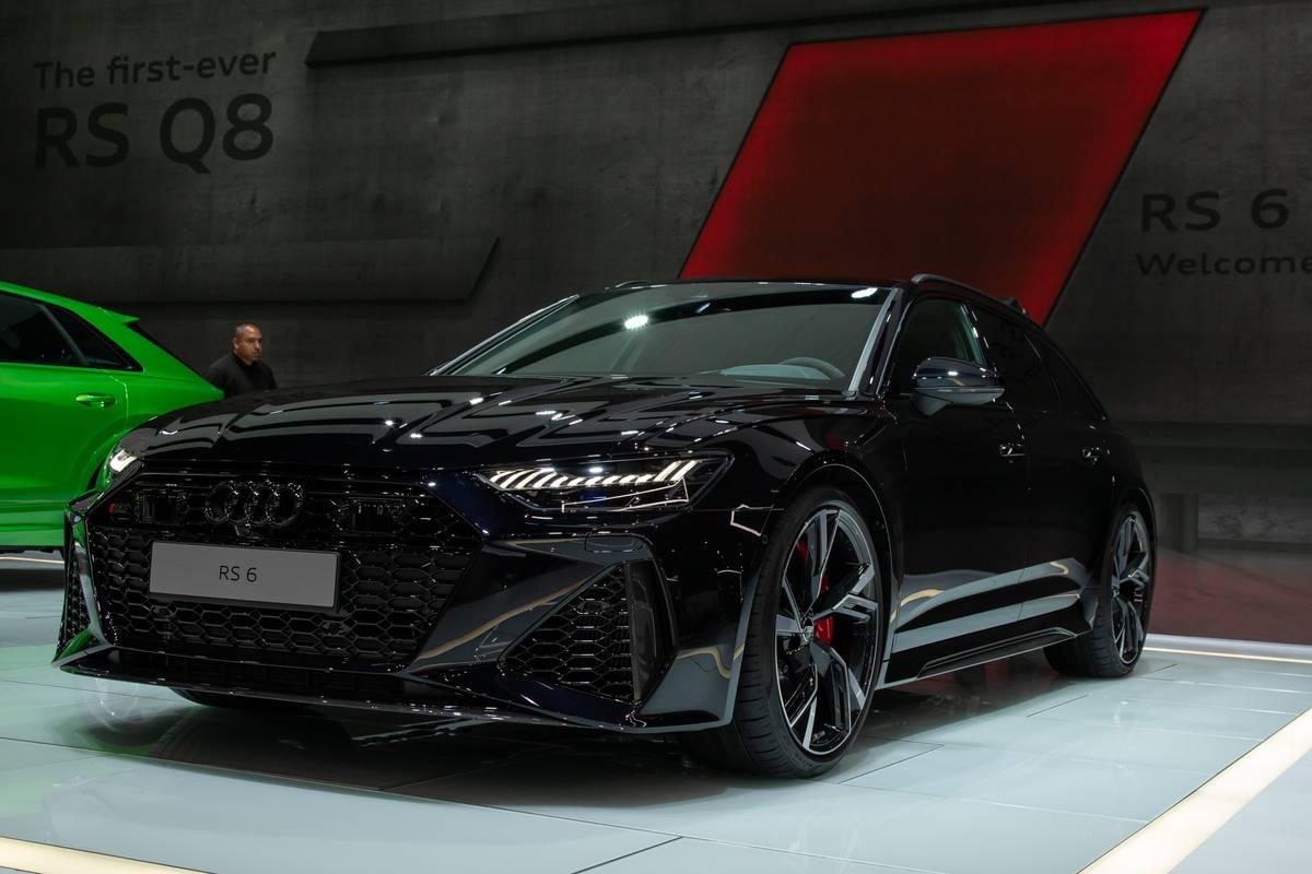 audi-rs-6-wagon-2020-cl-01-exterior-black.jpg