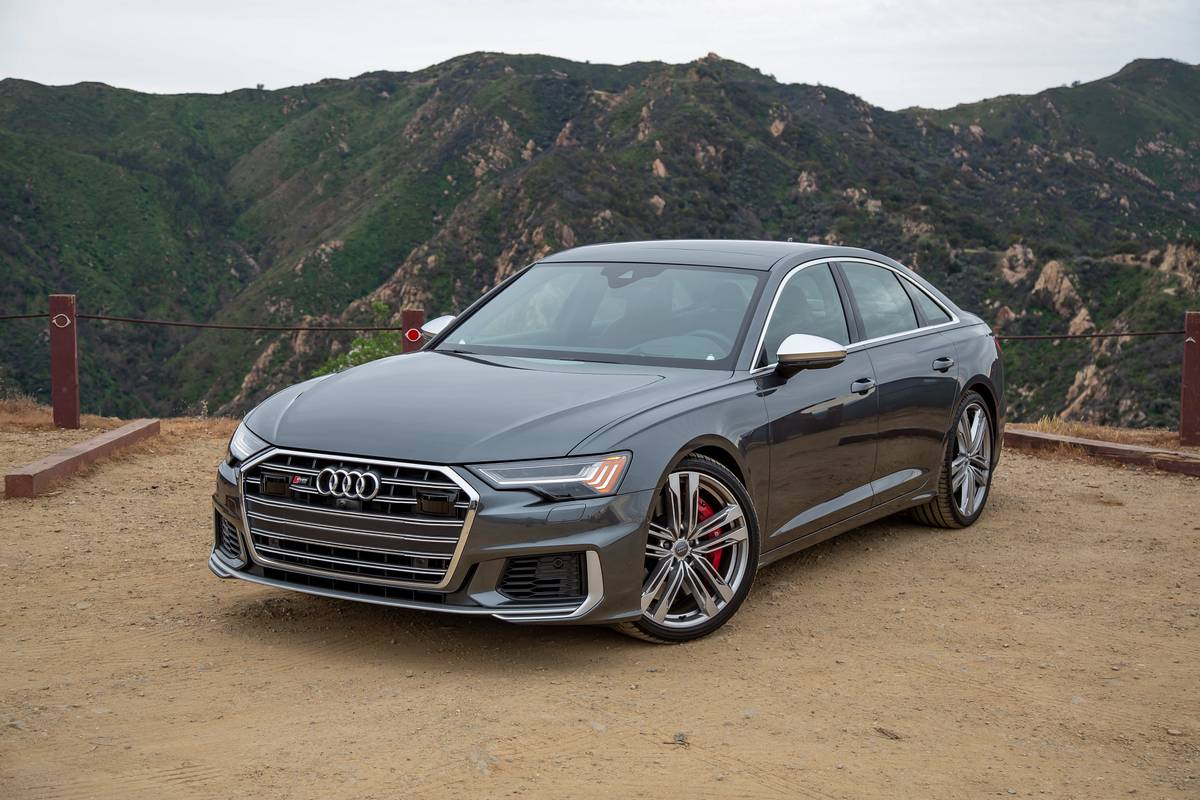 Audi A5: Which Should You Buy, 5 or 5?  News  Cars.com