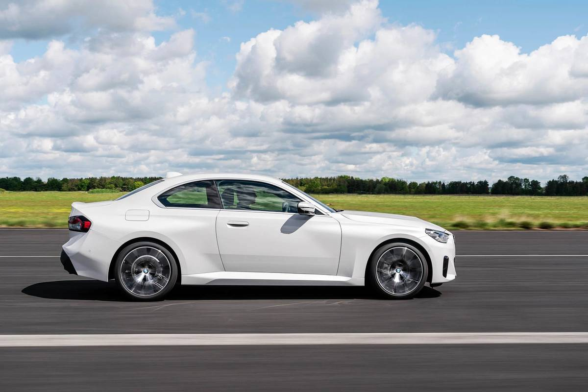 2022 BMW 230