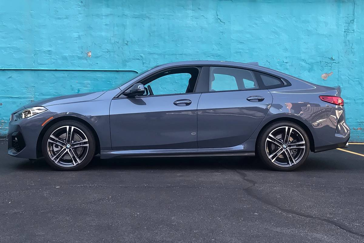 2020 Bmw 2 Series Gran Coupe 5 Things We Like 6 Things We Don T News Cars Com