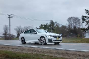2021 BMW 540i M Sport Review: Light on Sport, Heavy on Tech