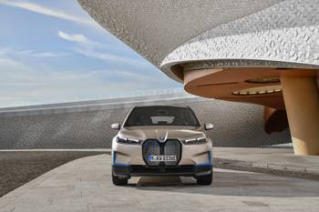BMW Charges Up Luxury Electric SUV Competition With 2022 iX