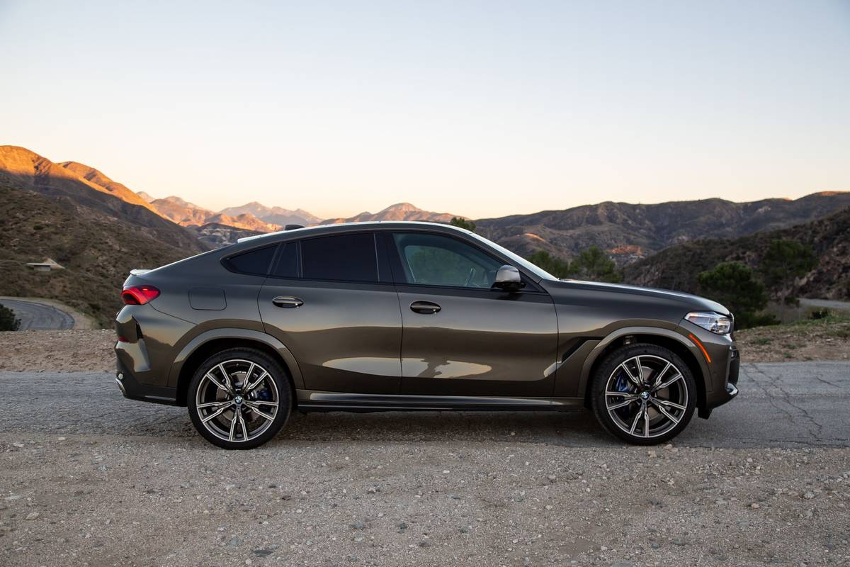 2020 Bmw X6 Review Ignore The Why Enjoy The How News Cars Com