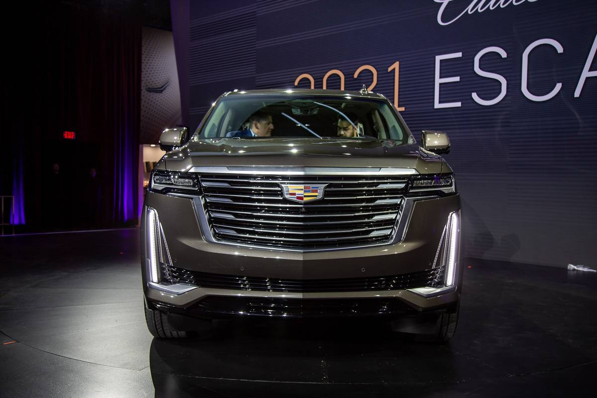 2021 cadillac escalade shoppers can order one today tour