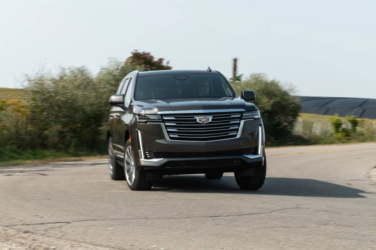 2021 Cadillac, Chevrolet and GMC Full-Size SUVs Recalled for Damaged Seat Belts