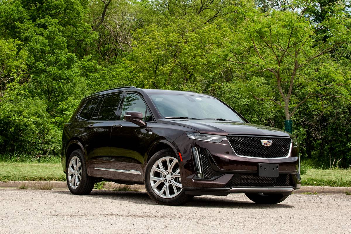2020 Cadillac XT6 Sport: What's It Like in Each Row of Seats?