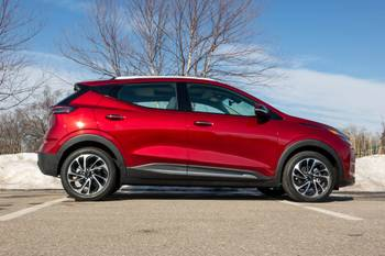 2022 Chevrolet Bolt EUV First Drive Review: Larger, Better, Faster, Stronger